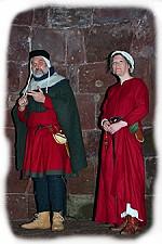 Mittelalterliche Modenschau im Museum Burg Nideggen
