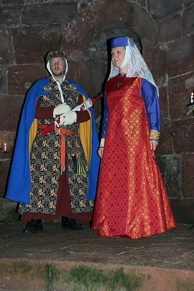 So könnten Reinald von Geldern und seine Frau Irmgard von Limburg ausgesehen haben.