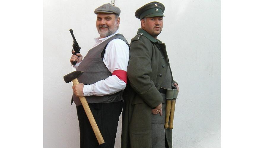 09. November 1918 - Spartakist vs. Freikorpsmann